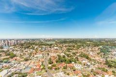 CURITIBA, PARANA/BRAZIL - 27 DE DICIEMBRE DE 2016: Visión desde la torre panorámica del ` s de Curitiba Imágenes de archivo libres de regalías