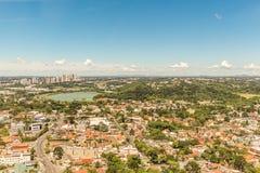 CURITIBA, PARANA/BRAZIL - 27 DECEMBER 2016: Mening van de panoramische toren van Curitiba ` s Royalty-vrije Stock Fotografie
