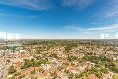 CURITIBA, PARANA/BRAZIL - GRUDZIEŃ 27 2016: Widok od Curitiba ` s panoramiczny wierza Zdjęcie Stock