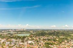 CURITIBA, PARANA/BRAZIL - GRUDZIEŃ 27 2016: Widok od Curitiba ` s panoramiczny wierza Fotografia Stock
