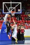 Curri Ramel getta la palla nel canestro Fotografia Stock Libera da Diritti