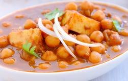 Curry-Chole indiano Paneer dei piatto-ceci Fotografie Stock Libere da Diritti