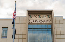 Curry County domstolsbyggnad i den guld- stranden Oregon Arkivfoto