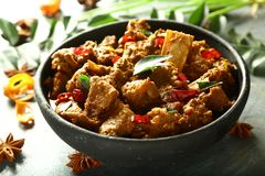 Curry delizioso e piccante di cucina araba - del montone fotografie stock libere da diritti