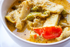 Curry della carne di maiale in ciotola bianca Immagine Stock Libera da Diritti