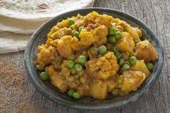 Curry della patata e del cavolfiore Fotografie Stock Libere da Diritti