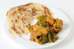 Curry e paratha del capsico di Aloo Immagine Stock