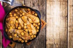 Curry för fega trumpinnar med kikärtar Fotografering för Bildbyråer