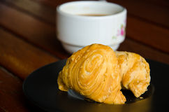 Curry puff and coffee Royalty Free Stock Photos