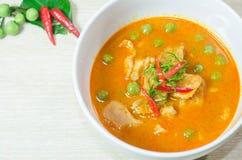 Curry rojo secado del coco del cerdo (Panaeng) fotografía de archivo libre de regalías