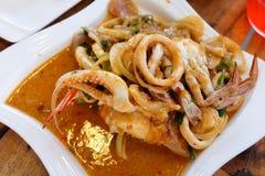Curry sofrito mariscos mezclados Foto de archivo
