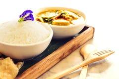 Curry tailandés del verde del pollo con arroz Fotografía de archivo
