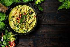 Curry verde del pollo imagenes de archivo