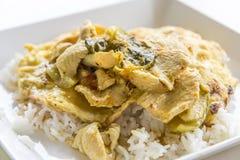Curry verde del pollo con riso Immagini Stock