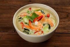 Curry verde tailandés con el camarón fotografía de archivo