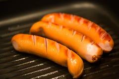 Currywurst in der Wanne Stockfotos