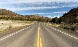 Curso alto dos E.U. da paisagem do deserto da estrada de Ochoco da rota 26 de Oregon fotografia de stock