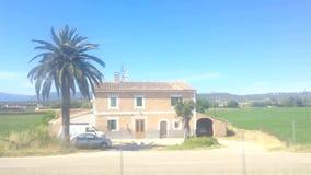 Curso através do campo de Mallorca com moinhos de vento filme