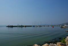 Curso a Bulgária: Porto de Balchik o Mar Negro foto de stock royalty free