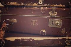 curso com bagagem retro do caso do estilo do vintage imagem de stock