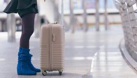 Curso da viagem de negócios da bagagem dos homens de negócios Foto de Stock