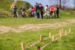 Curso de obstáculo do ciclismo fotos de stock royalty free