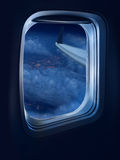 Curso do vôo de noite Fotos de Stock