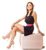 Curso e férias Mulher com o saco da bagagem da mala de viagem Imagens de Stock