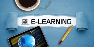 Curso em linha de aprendizagem em linha do ensino eletrónico fotos de stock royalty free