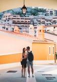 Curso Europa Pares felizes em Portopiccolo Sistiana, Itália Imagem de Stock Royalty Free