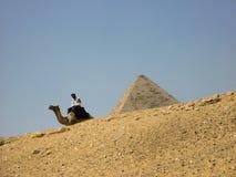 Curso Sun do deserto da areia das pirâmides de Egito imagens de stock