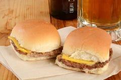 Cursori del cheeseburger Immagine Stock Libera da Diritti