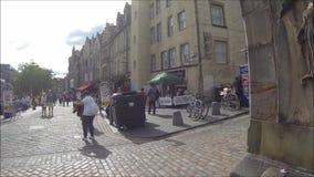 Curva de Edimburgo e mercado ocidentais da grama, na cidade velha, Edimburgo, Escócia video estoque