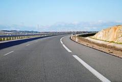 Curva de la carretera A6 Fotos de archivo libres de regalías