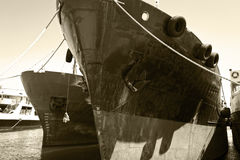 Curva de uma embarcação de carga Imagem de Stock Royalty Free
