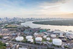 Curva del Chao Phraya e dell'area verde che contrappongono con il livello Fotografia Stock Libera da Diritti