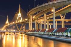 Curva del ponte sospeso Fotografia Stock Libera da Diritti