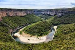 Curva del río de Ardeche Foto de archivo libre de regalías