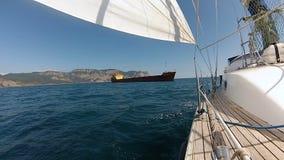 Curva do iate com no Mar Negro filme