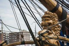Curva dos navios como um leão Imagens de Stock