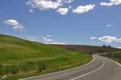 Curva en la carretera nacional Foto de archivo libre de regalías