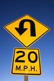 ?Curva en señal de peligro del camino? Fotografía de archivo