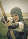 Curva a mulher/armadura medieval/split retro tonificado Fotos de Stock