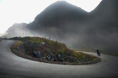 Curvas perigosas dentro ao noroeste de Vietname Fotografia de Stock