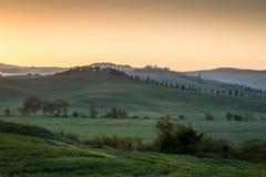 Curvas toscanas, Italia foto de archivo libre de regalías