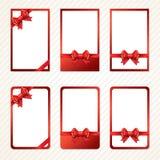 Curvas vermelhas do presente com fitas ilustração royalty free