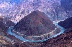 Curvatura del fiume di Jinshajiang Fotografia Stock