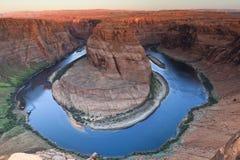 Curvatura a ferro di cavallo sul fiume di colorado vicino alla pagina, AR Fotografia Stock
