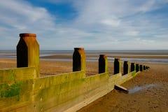 A curvatura lixa o disjuntor da Praia-onda foto de stock royalty free