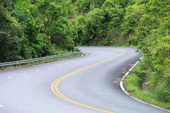 Curve of the road.An empty S-Curved road on skyline drive. Stock Photos